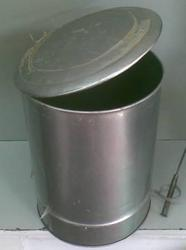 Galvanized Iron Peddle Dustbins